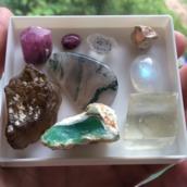 камни для Раков по Зодиаку